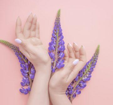 15 conseils importants pour obtenir des ongles forts et sains selon les experts