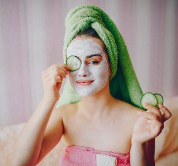 7 conseils d'experts pour vous offrir le meilleur soin du visage possible à la maison